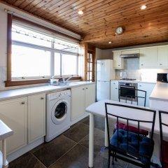 Отель Empty2occupied Family Home in Craigour Terrace With Driveway & Garden Эдинбург в номере