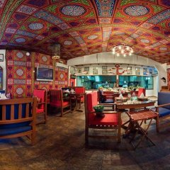 Le Royal Hotel гостиничный бар