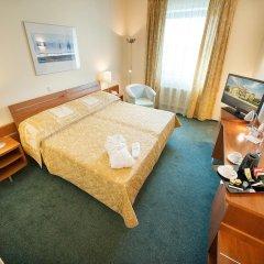 Ramada Airport Hotel Prague комната для гостей