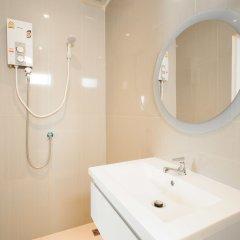 Отель Cloud Nine Lodge Бангкок ванная