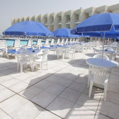 Beach Hotel Sharjah гостиничный бар