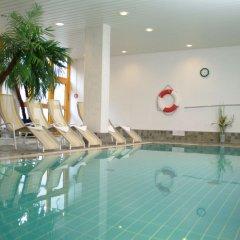 Отель Holiday Inn Munich - South Мюнхен бассейн
