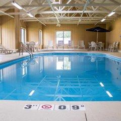 Отель Comfort Inn North Conference Center бассейн фото 3