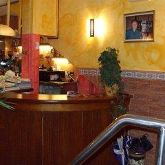 Отель Hostal Blanes La Barca Испания, Бланес - отзывы, цены и фото номеров - забронировать отель Hostal Blanes La Barca онлайн интерьер отеля