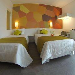 Hotel 3K Faro Aeroporto сейф в номере