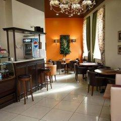 Гостиница Дружба в Абакане 5 отзывов об отеле, цены и фото номеров - забронировать гостиницу Дружба онлайн Абакан гостиничный бар