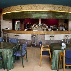 Hotel Olimpo Арнуэро гостиничный бар