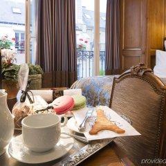 Отель Kleber Champs-Élysées Tour-Eiffel Paris в номере