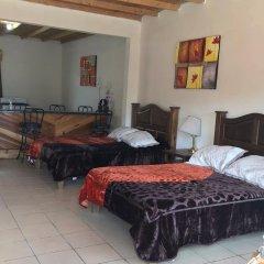Отель Doña Crucita Мексика, Креэль - отзывы, цены и фото номеров - забронировать отель Doña Crucita онлайн интерьер отеля фото 2