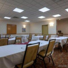 Отель Country Inn & Suites by Radisson, Calgary-Airport, AB Канада, Калгари - отзывы, цены и фото номеров - забронировать отель Country Inn & Suites by Radisson, Calgary-Airport, AB онлайн помещение для мероприятий фото 2