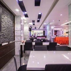 Отель Pratunam Pavilion Бангкок гостиничный бар