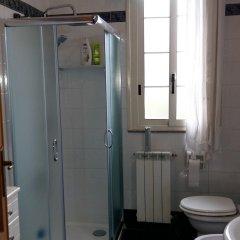 Отель Garden Fiorella Италия, Чинизи - отзывы, цены и фото номеров - забронировать отель Garden Fiorella онлайн ванная