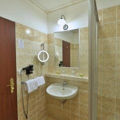 Отель Hastal Old Town Прага ванная фото 2