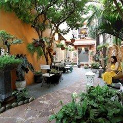 Отель Green Garden Homestay фото 16