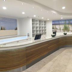 Отель Carat Golf & Sporthotel интерьер отеля фото 2