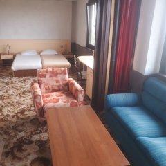 Family Hotel PRILIV комната для гостей фото 3