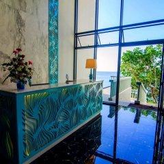Отель Surin Beach Resort интерьер отеля