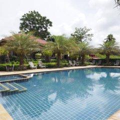 Отель Chomview Resort Ланта бассейн фото 2