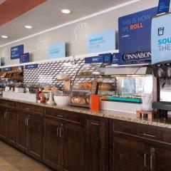Отель Holiday Inn Express Newington питание фото 3