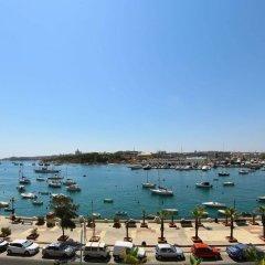 Отель The Waterfront Hotel Мальта, Гзира - отзывы, цены и фото номеров - забронировать отель The Waterfront Hotel онлайн пляж фото 2