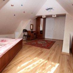 Гостевой дом Вилари комната для гостей фото 5