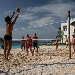 Отель Royal Zanzibar Beach Resort All Inclusive спортивное сооружение