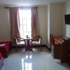 Chea Rithy Heng Hotel & KTV комната для гостей