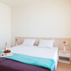 Апартаменты Two Bedroom Apartment with Balcony комната для гостей фото 3