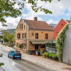 Отель GamlaVaerket Hotel Норвегия, Санднес - отзывы, цены и фото номеров - забронировать отель GamlaVaerket Hotel онлайн парковка