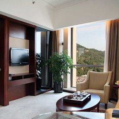 Peony International Hotel комната для гостей фото 4