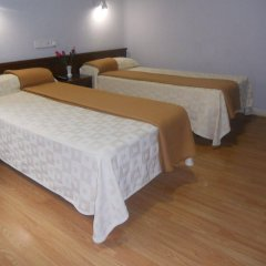 Отель Hostal Olga Испания, Мадрид - 1 отзыв об отеле, цены и фото номеров - забронировать отель Hostal Olga онлайн комната для гостей фото 4