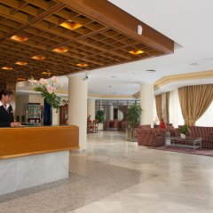 Отель Hipotels Bahía Grande Aparthotel интерьер отеля