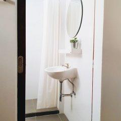 Отель LITA Bangkok Таиланд, Бангкок - отзывы, цены и фото номеров - забронировать отель LITA Bangkok онлайн ванная фото 2