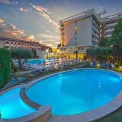 Отель Savoia Thermae & Spa Италия, Абано-Терме - отзывы, цены и фото номеров - забронировать отель Savoia Thermae & Spa онлайн бассейн