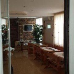 Отель Guest House Markovi Болгария, Равда - отзывы, цены и фото номеров - забронировать отель Guest House Markovi онлайн гостиничный бар