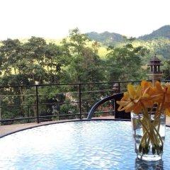 Отель Pong Yang Farm and Resort бассейн фото 3