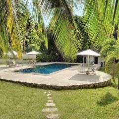 Отель Woodlawn Villas Resort бассейн