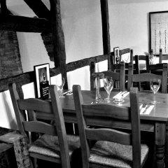 Отель The Old Hall Inn питание