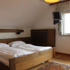 Отель Schoene Aussicht Зальцбург комната для гостей
