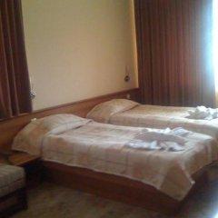 Отель Family Hotel Yola Болгария, Чепеларе - отзывы, цены и фото номеров - забронировать отель Family Hotel Yola онлайн комната для гостей фото 4