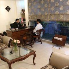 Goodwill Hotel Delhi интерьер отеля