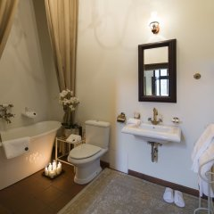 Отель Monte Pacis Литва, Каунас - отзывы, цены и фото номеров - забронировать отель Monte Pacis онлайн ванная фото 2