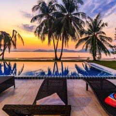 Отель On The Beach Villa by Lofty пляж фото 2