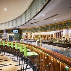 Отель Windsor Plaza Hotel Вьетнам, Хошимин - 1 отзыв об отеле, цены и фото номеров - забронировать отель Windsor Plaza Hotel онлайн гостиничный бар