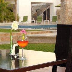 Hotel Embajadores гостиничный бар