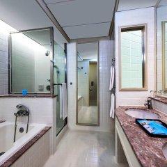 Отель Istana Kuala Lumpur City Centre Малайзия, Куала-Лумпур - отзывы, цены и фото номеров - забронировать отель Istana Kuala Lumpur City Centre онлайн ванная