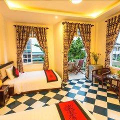Отель Moon'S Homestay Хойан комната для гостей