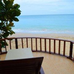 Отель Sayang Beach Resort Koh Lanta Таиланд, Ланта - 1 отзыв об отеле, цены и фото номеров - забронировать отель Sayang Beach Resort Koh Lanta онлайн пляж фото 2