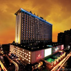 Отель Waterfront Pavilion Hotel and Casino Manila Филиппины, Манила - отзывы, цены и фото номеров - забронировать отель Waterfront Pavilion Hotel and Casino Manila онлайн бассейн