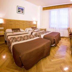 Hotel Cristal 2 комната для гостей фото 4